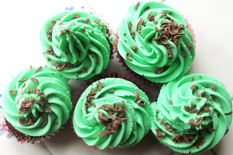 Peppermint Cream Cupcakes Recipe 7