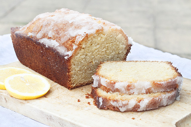 Lemon Crispy Cake