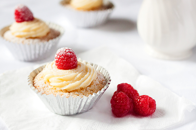 Dreamy White Chocolate & Raspberry Cupcake Recipe 3
