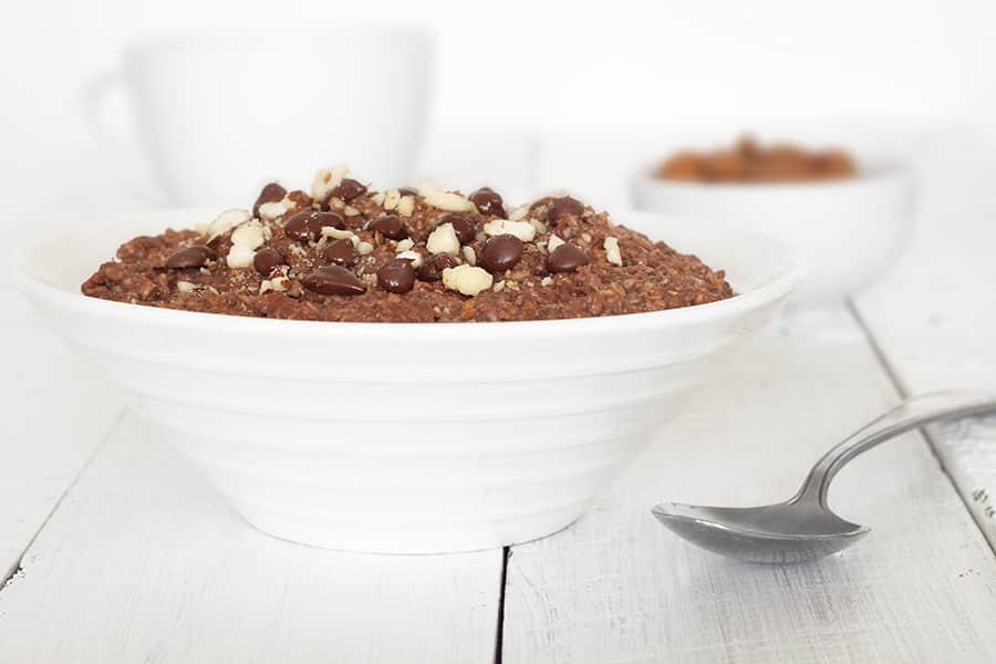 Healthy Chocolate Porridge - A Nutritious, sugar free but super tasty way to start the day   cookbakeeat.com #chocolate #porridge #breakfast