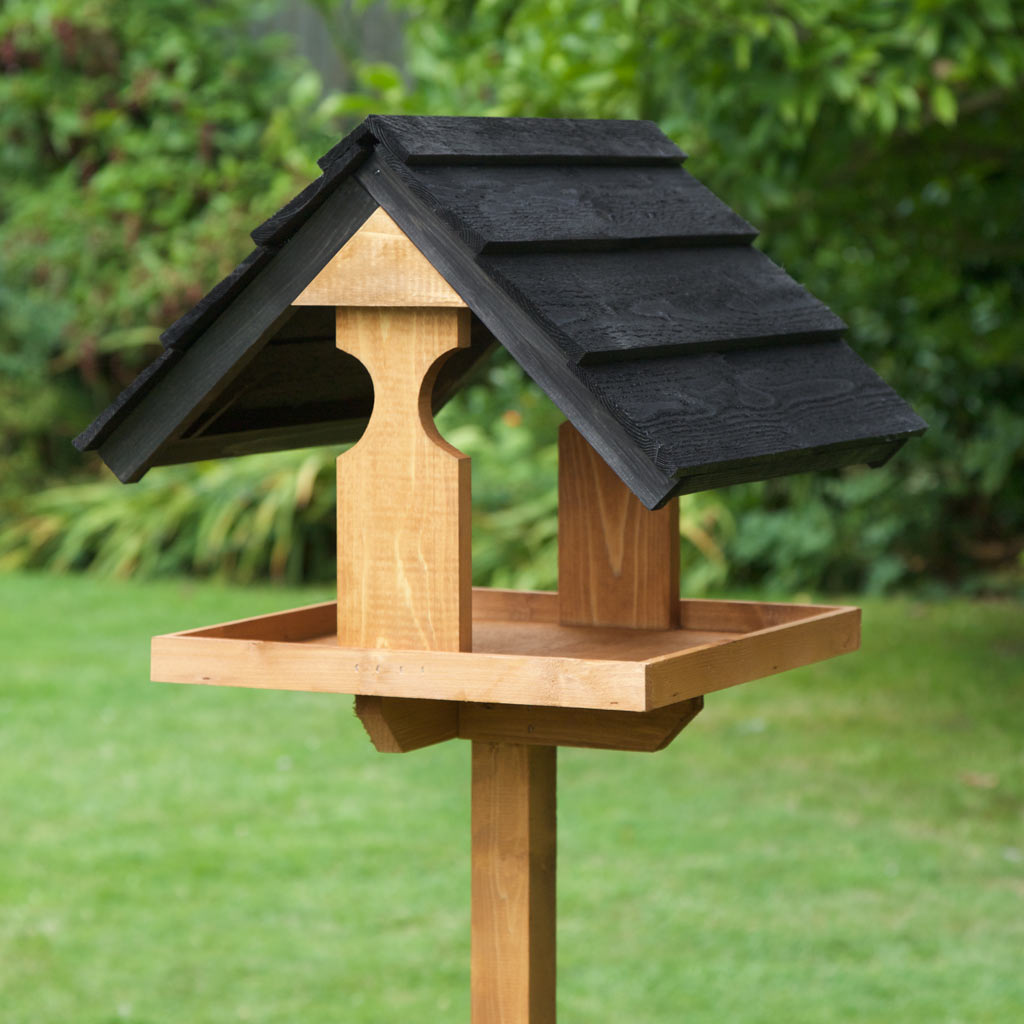 Bird Table Buying Guide